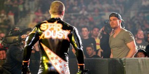 Stardust vs Stephen Amell Arrow 1