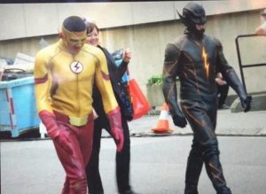 Kid Flash & Black garbed Reverse Flash CW The Flash Season 3